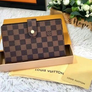 Authentic Louis Vuitton Agenda  Damier Ebene